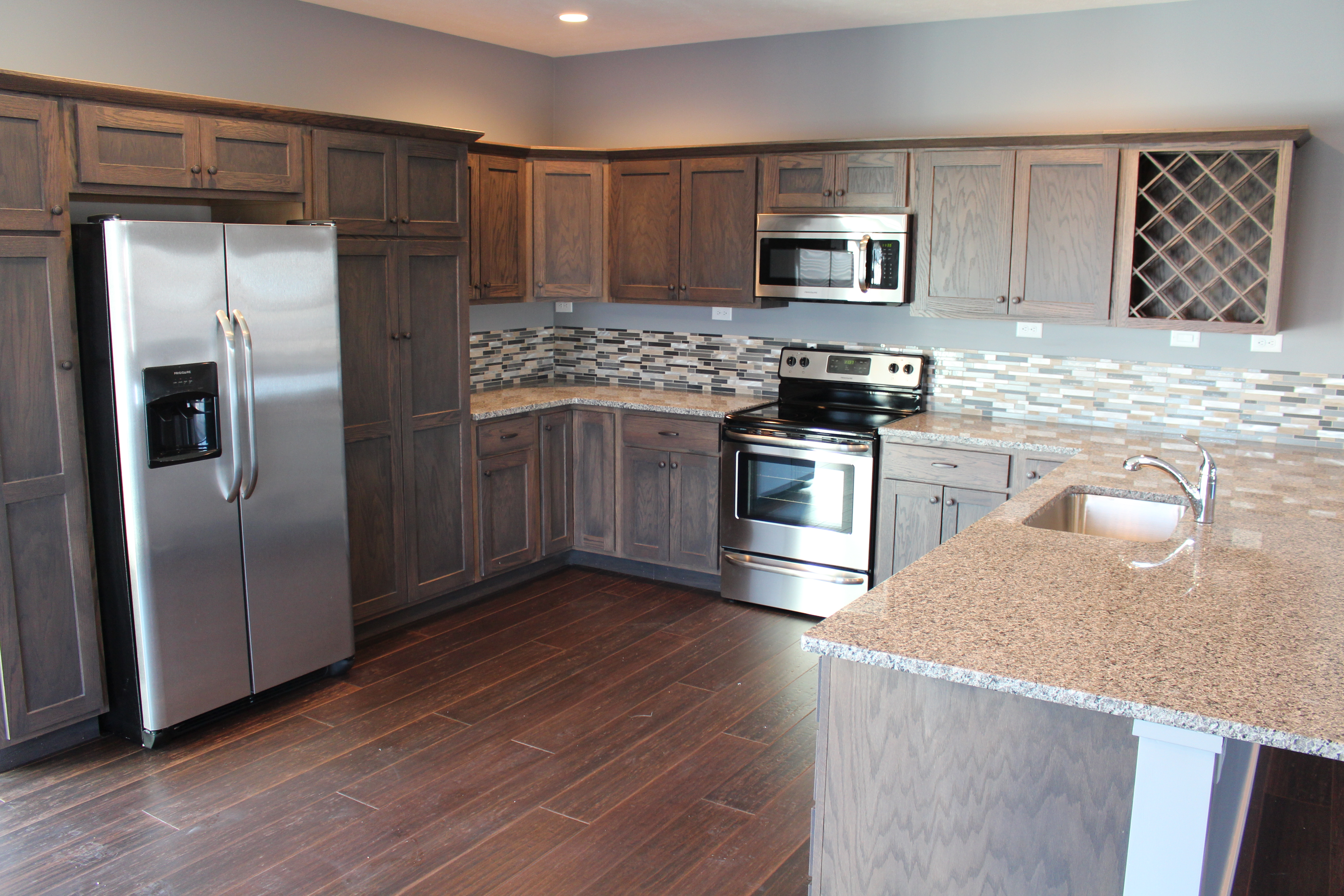 100 kitchen cabinets lincoln ne nebraska kitchen for Bath remodel lincoln ne